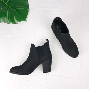 🆕NWOT H&M Black Booties Size 41